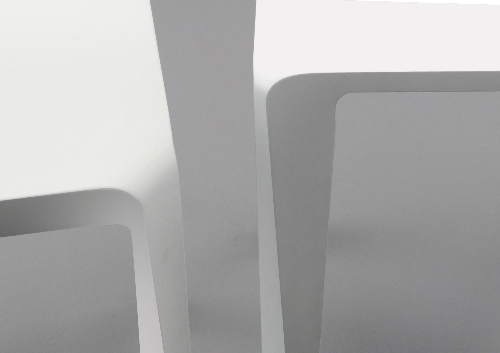 SIBLINGS - Family of side tables