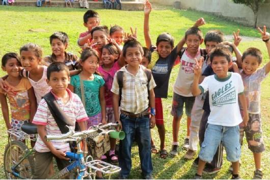 Raxruha 2014 kids.jpg