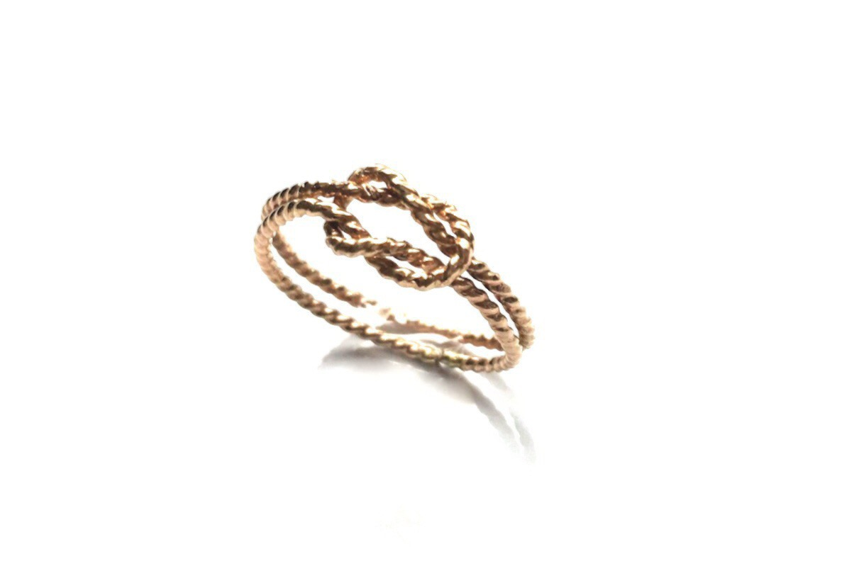 Knotted Twist Ring in Gold Fill
