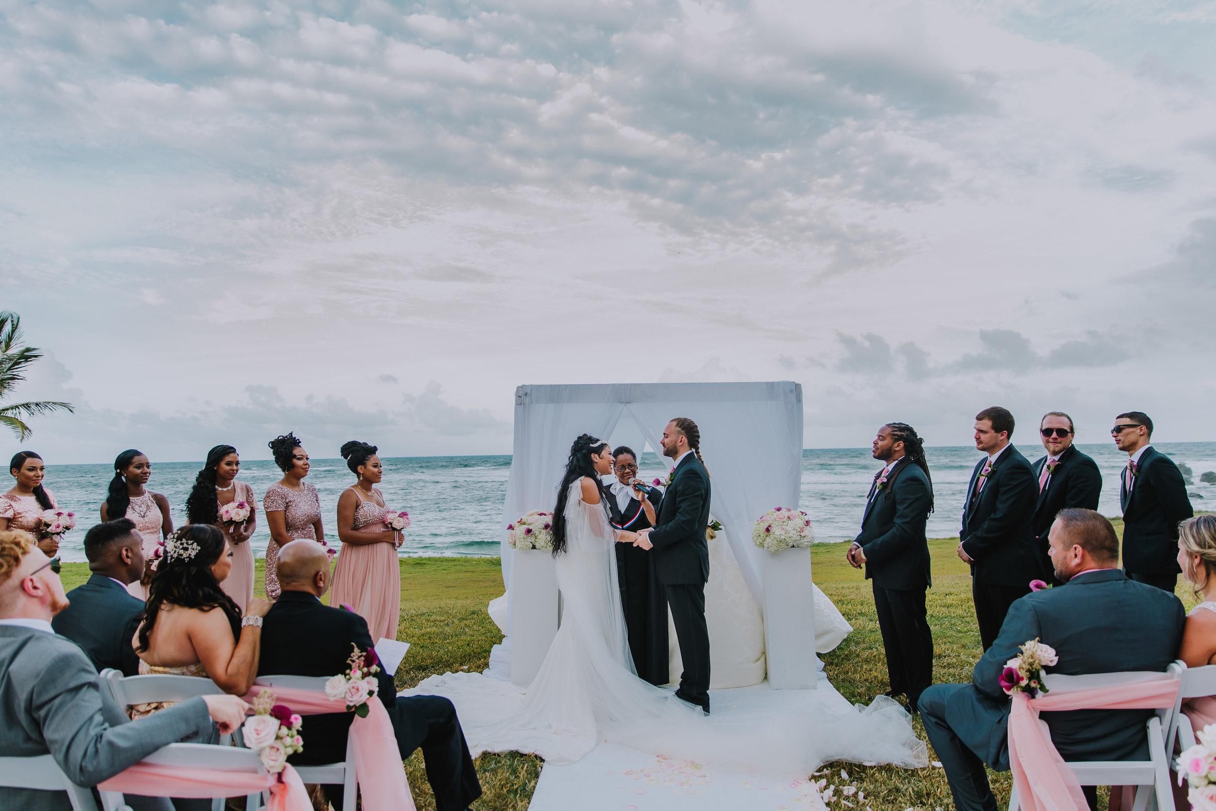 MonaBrock_Wedding_Previews-48.jpg