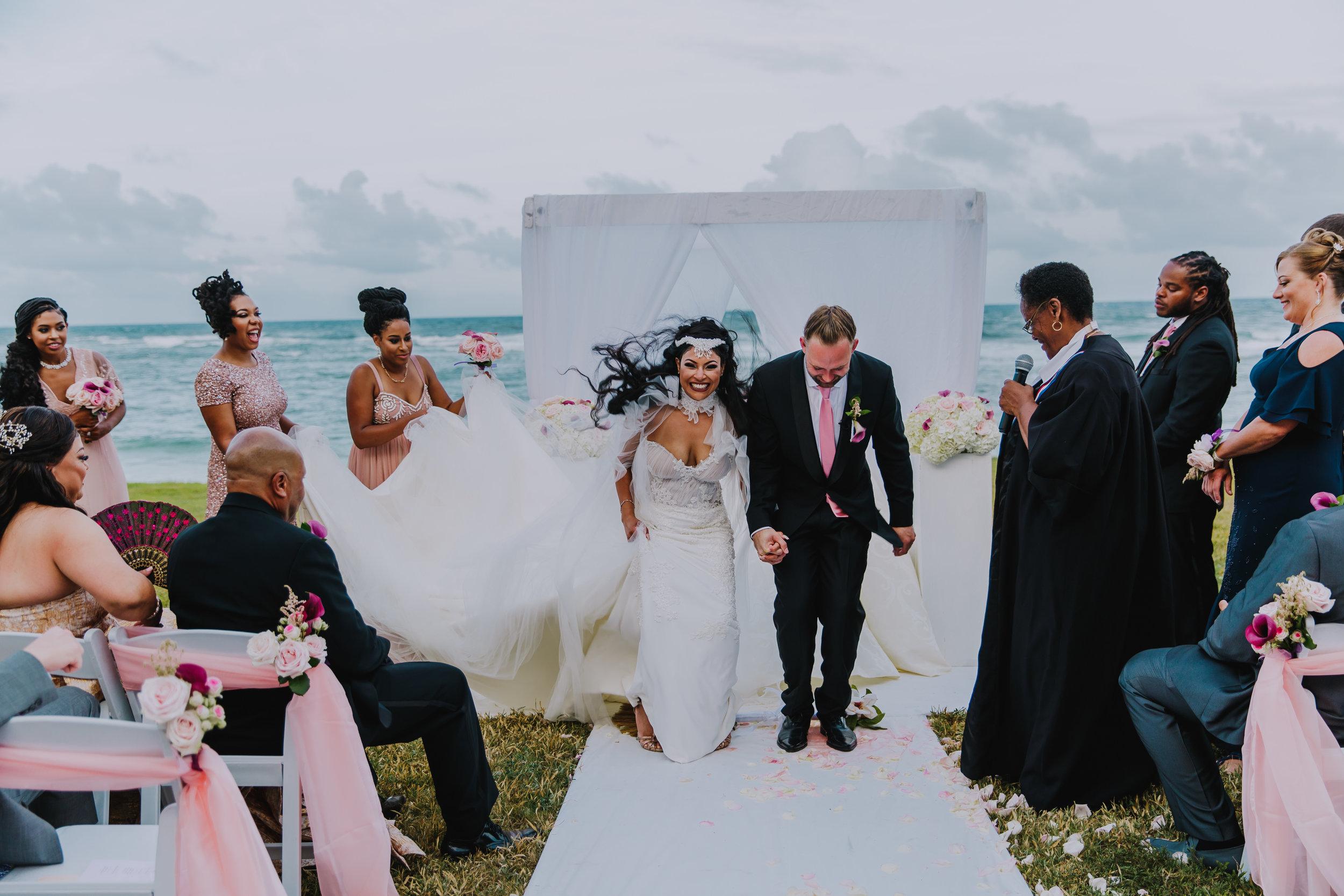 MonaBrock_Wedding_Previews-49.jpg