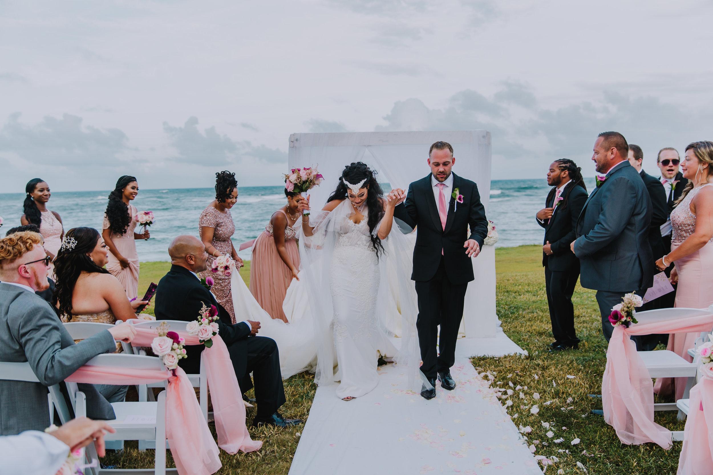 MonaBrock_Wedding_Previews-52.jpg