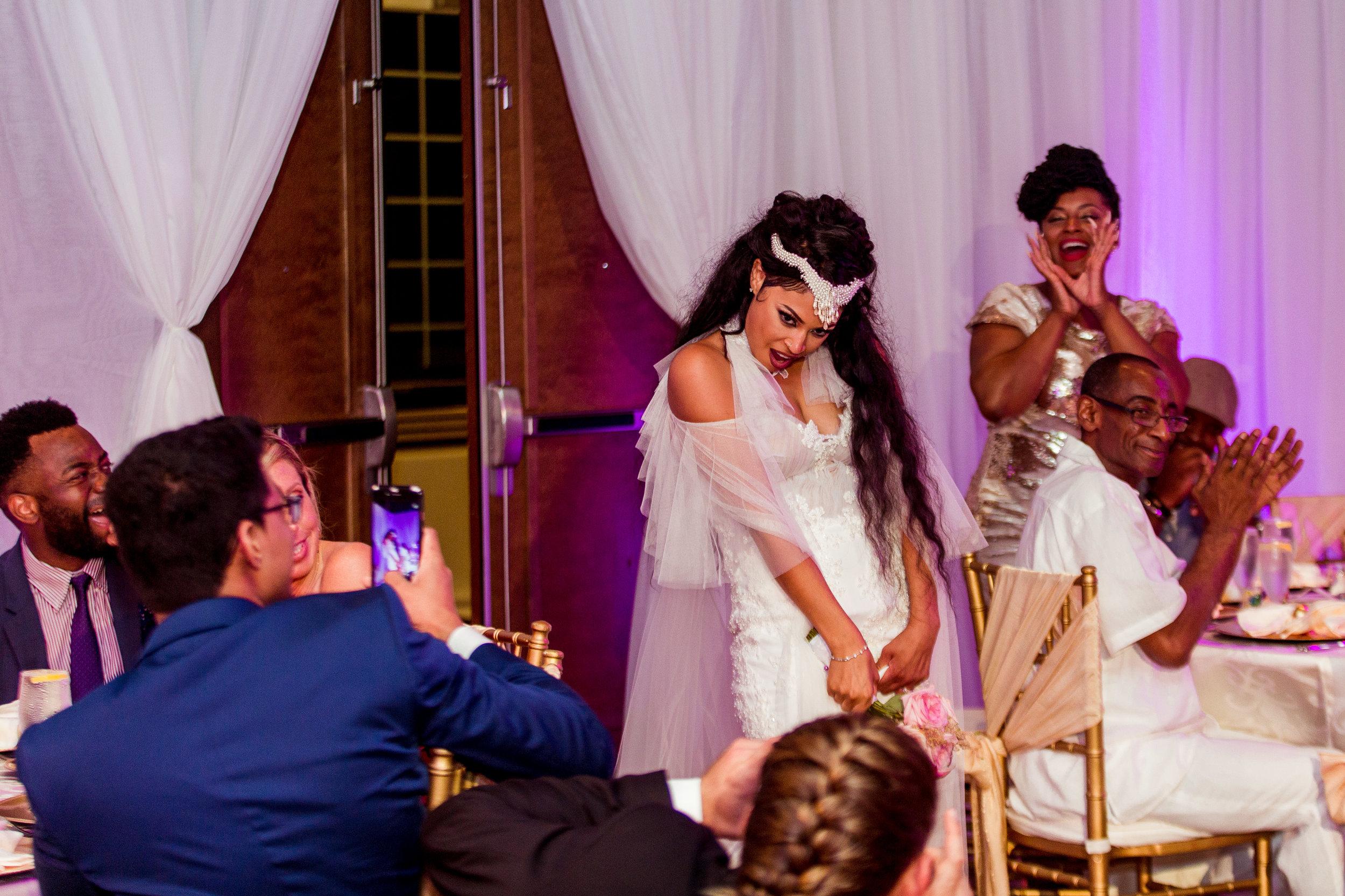 MonaBrock_Wedding_Previews-56.jpg