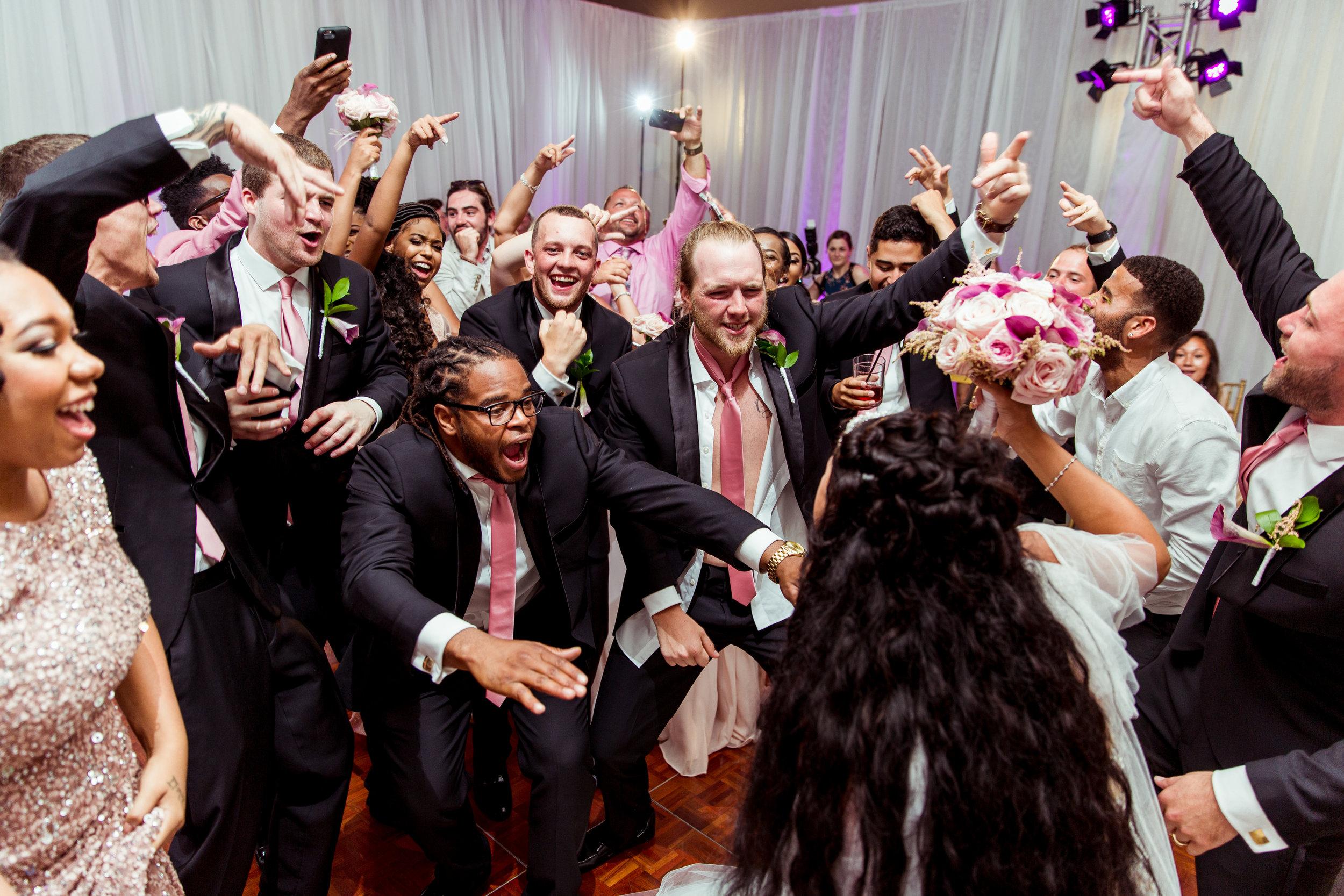 MonaBrock_Wedding_Previews-57.jpg