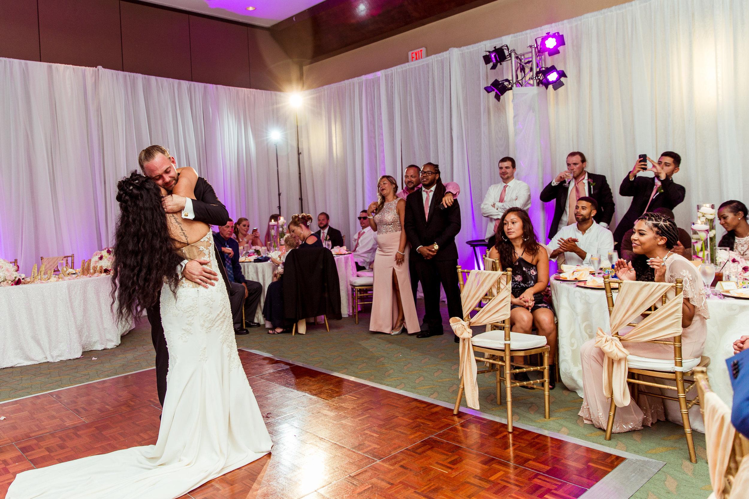 MonaBrock_Wedding_Previews-59.jpg