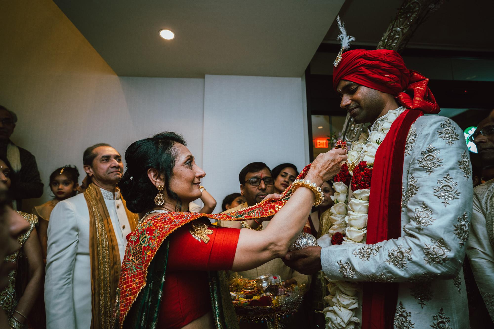 2018_SeetaVivek_Wedding_Previews-33.jpg