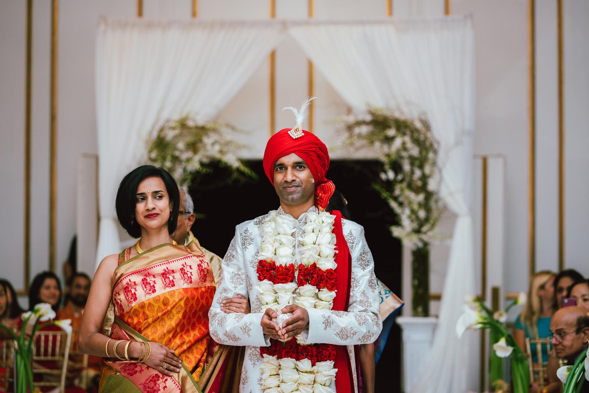 2018_SeetaVivek_Wedding_Previews-37.jpg