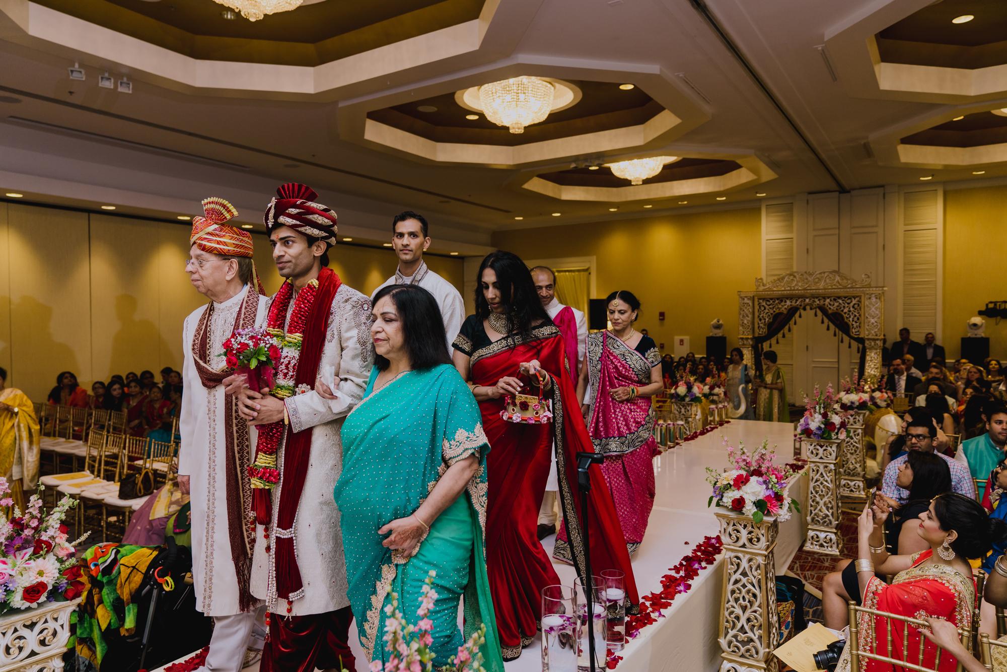 2018_TinaAnkur_Wedding_Previews-52.jpg