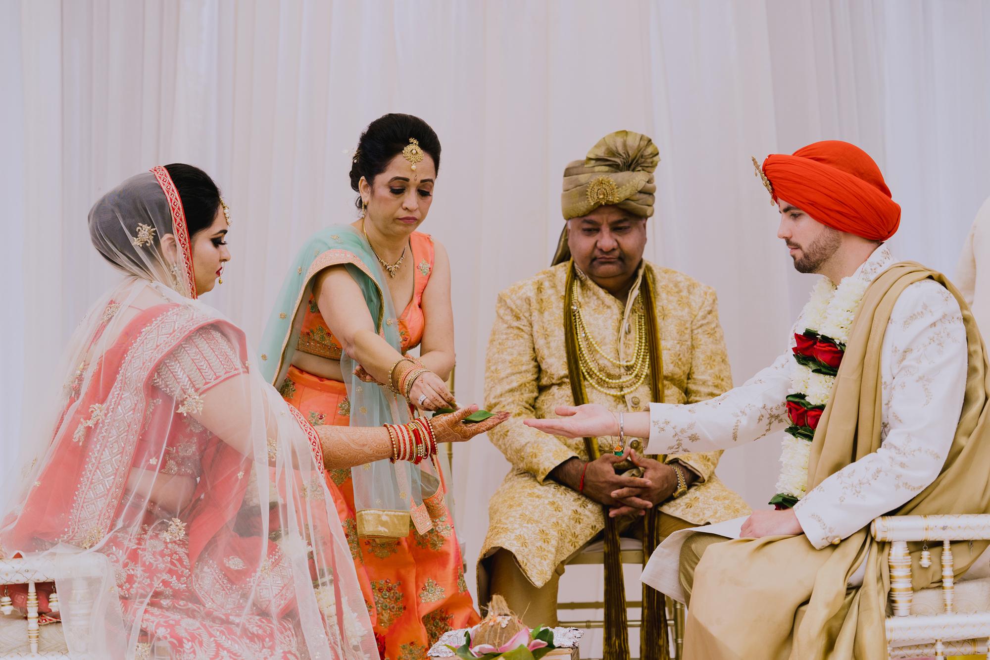 2018_TinaTim-Wedding_Previews-93.jpg