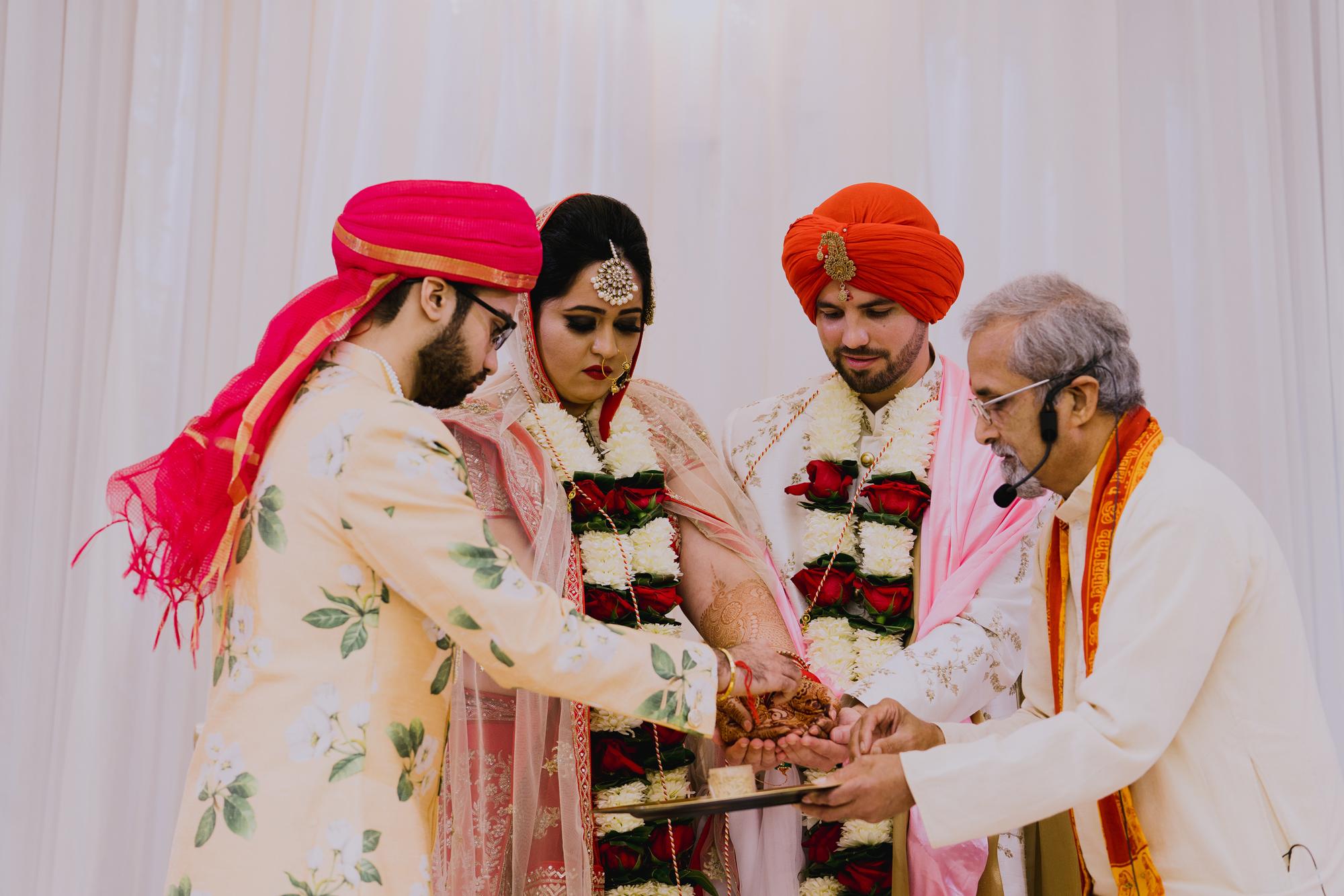 2018_TinaTim-Wedding_Previews-100.jpg