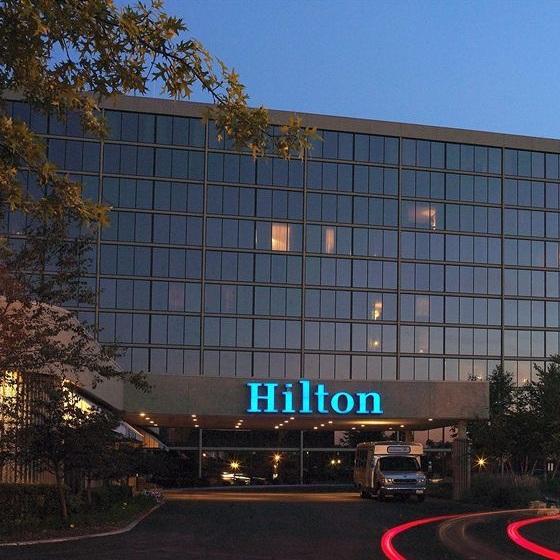 HILTON KANSAS CITY AIRPORT -