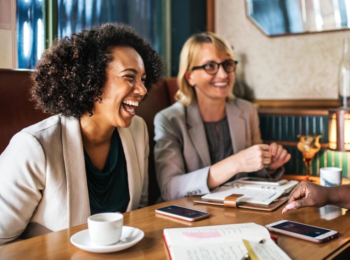 menopause cafe women drinking coffee