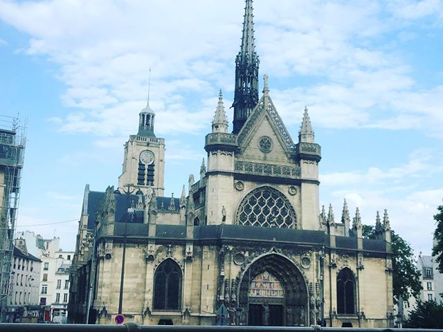 Maybe just film the next one here? #Paris #France #NotreDame #Cathedral