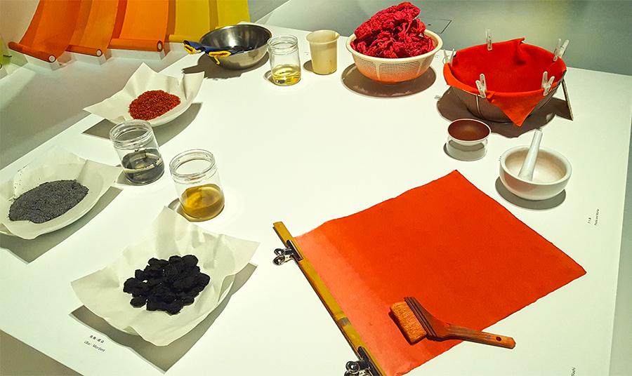 Living Colours_2_japan house.jpg
