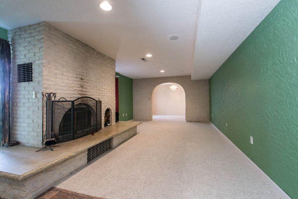 Starview--Basement Fireplace Reading Area.jpg