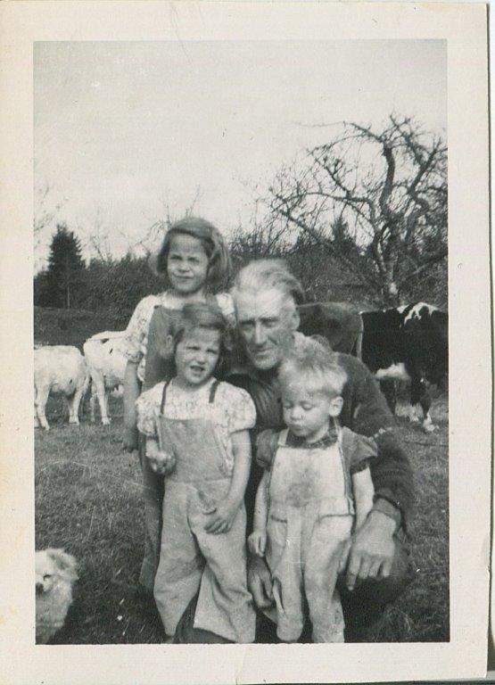 Tanglebank-farms-Falk-family.jpg