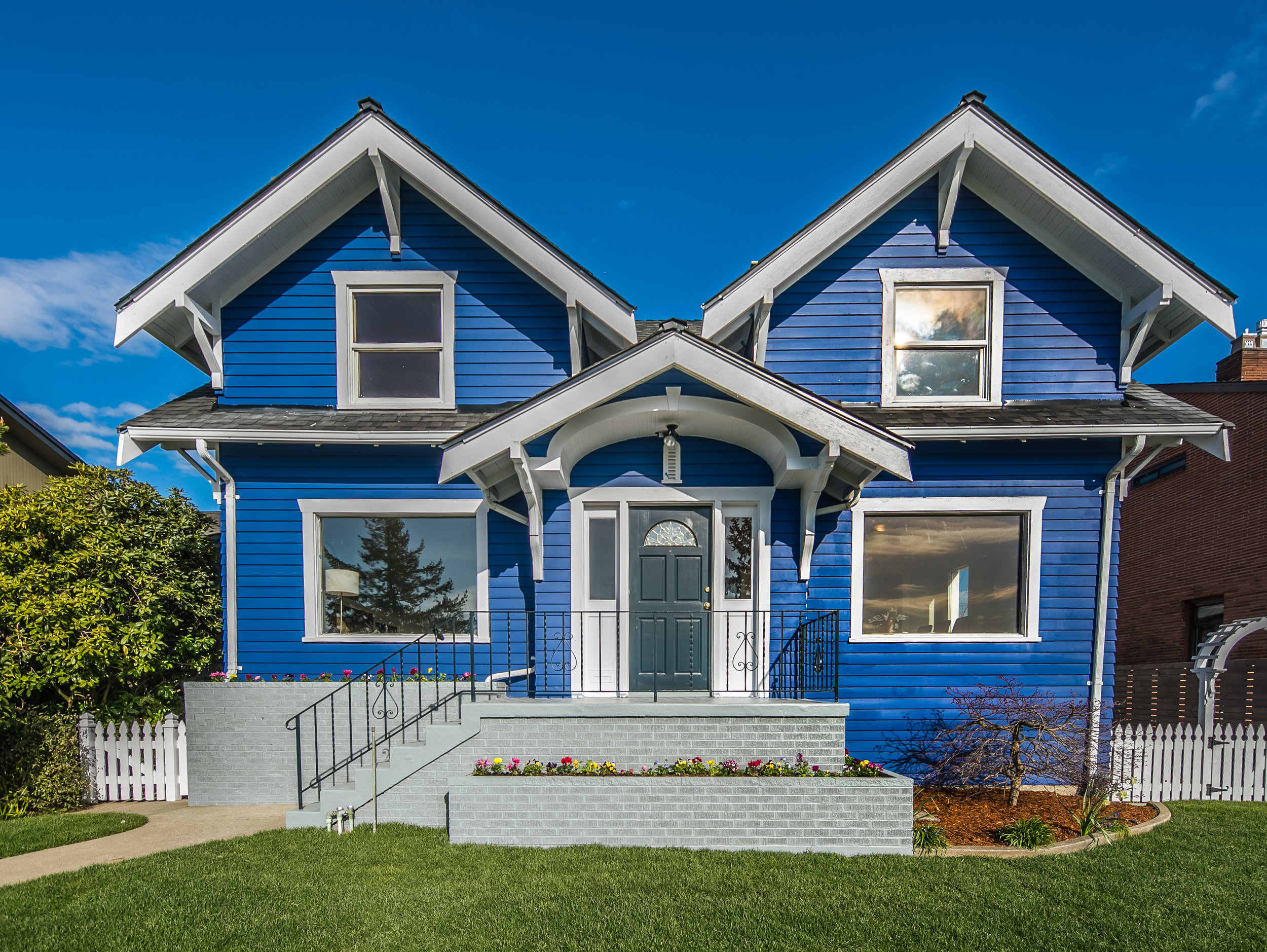 7538 34th Avenue NW, Seattle | $1,589,250