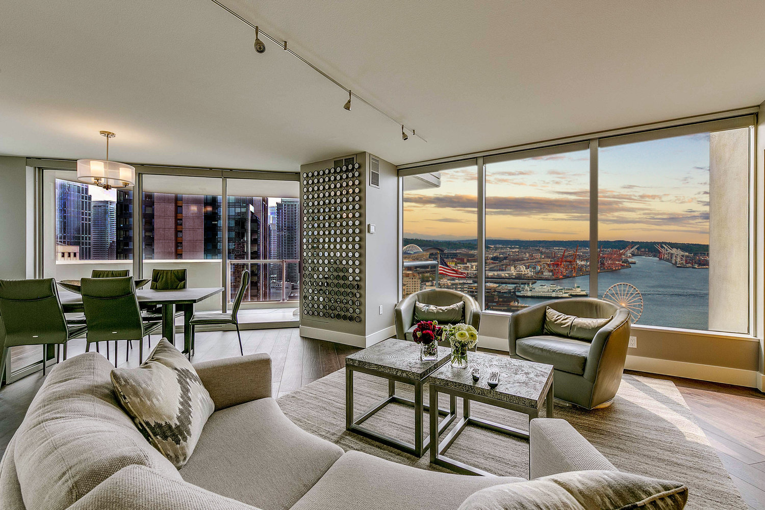 2000 1st Avenue residence 2204, Seattle | $1,635,000