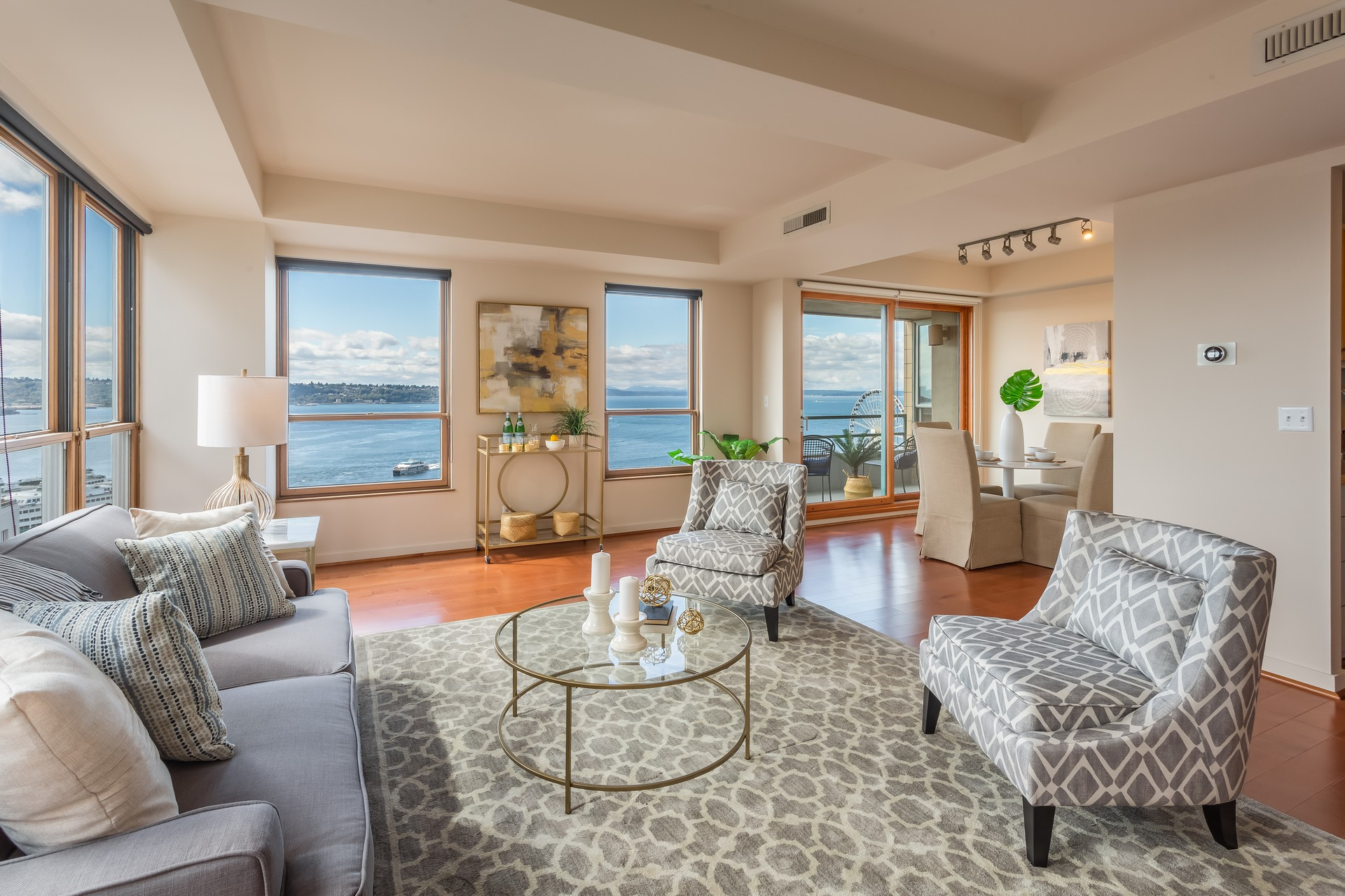 1107 1st Ave #1304, Seattle  |  $750,000