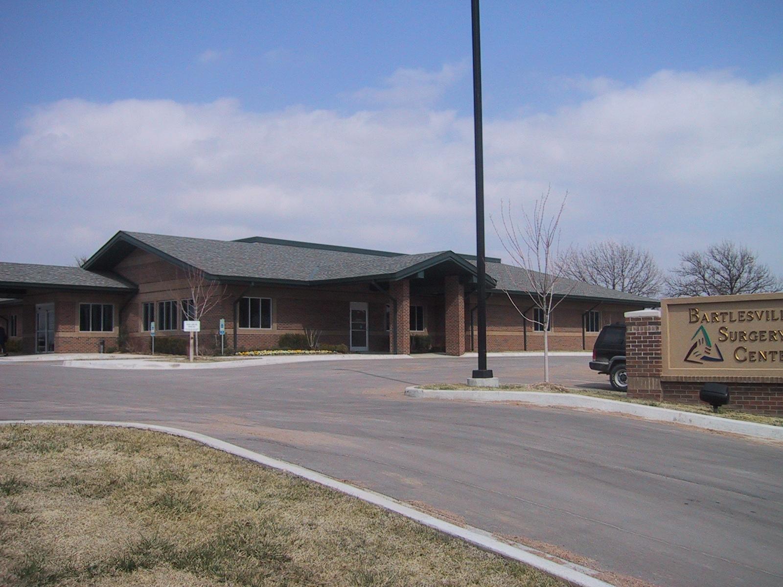 Surgery Center Exterior 4.JPG