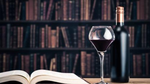 vino-y-literatura-el-maridaje-perfecto-para-los-amantes-de-los-libros.jpg
