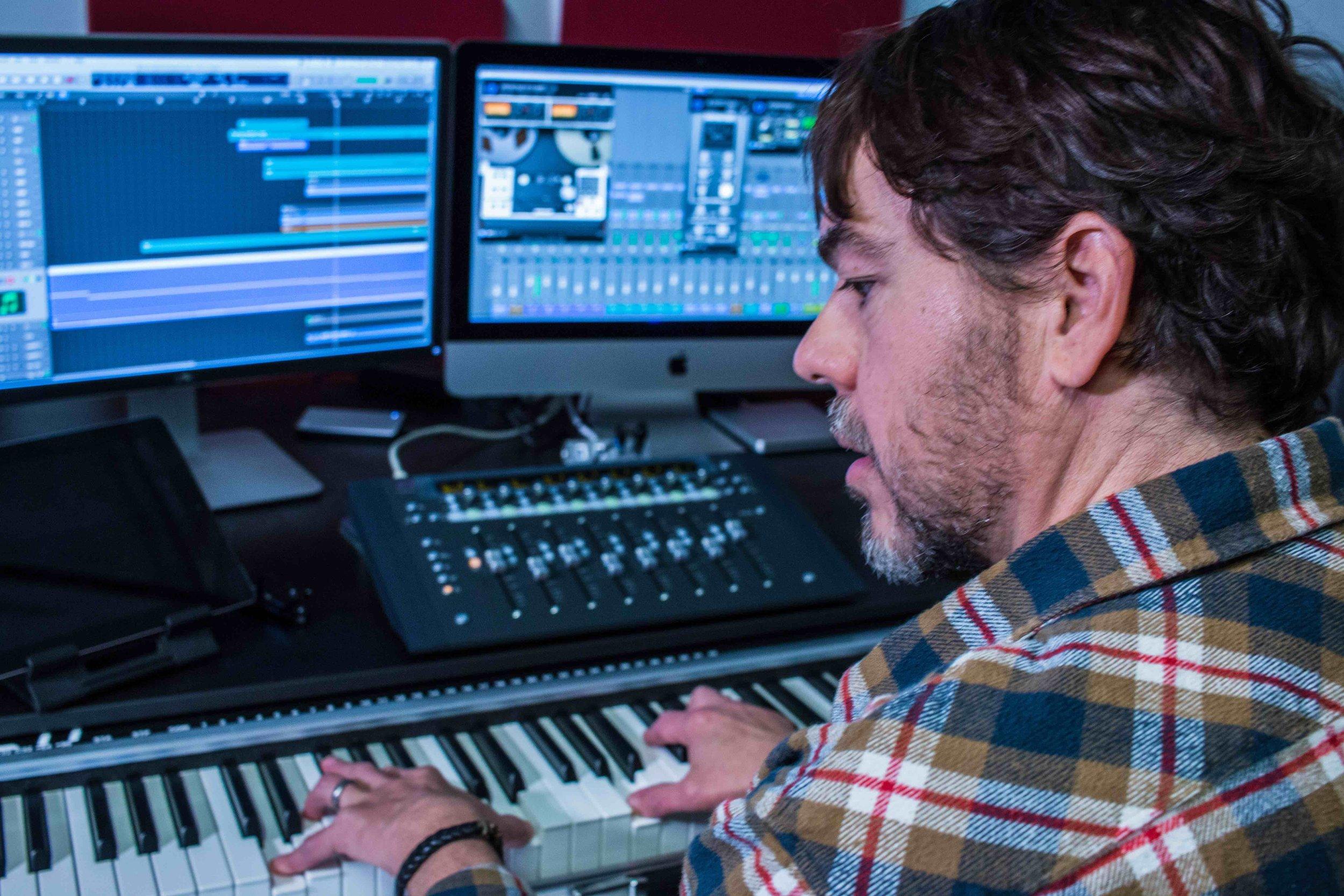 Soluminate in the studio