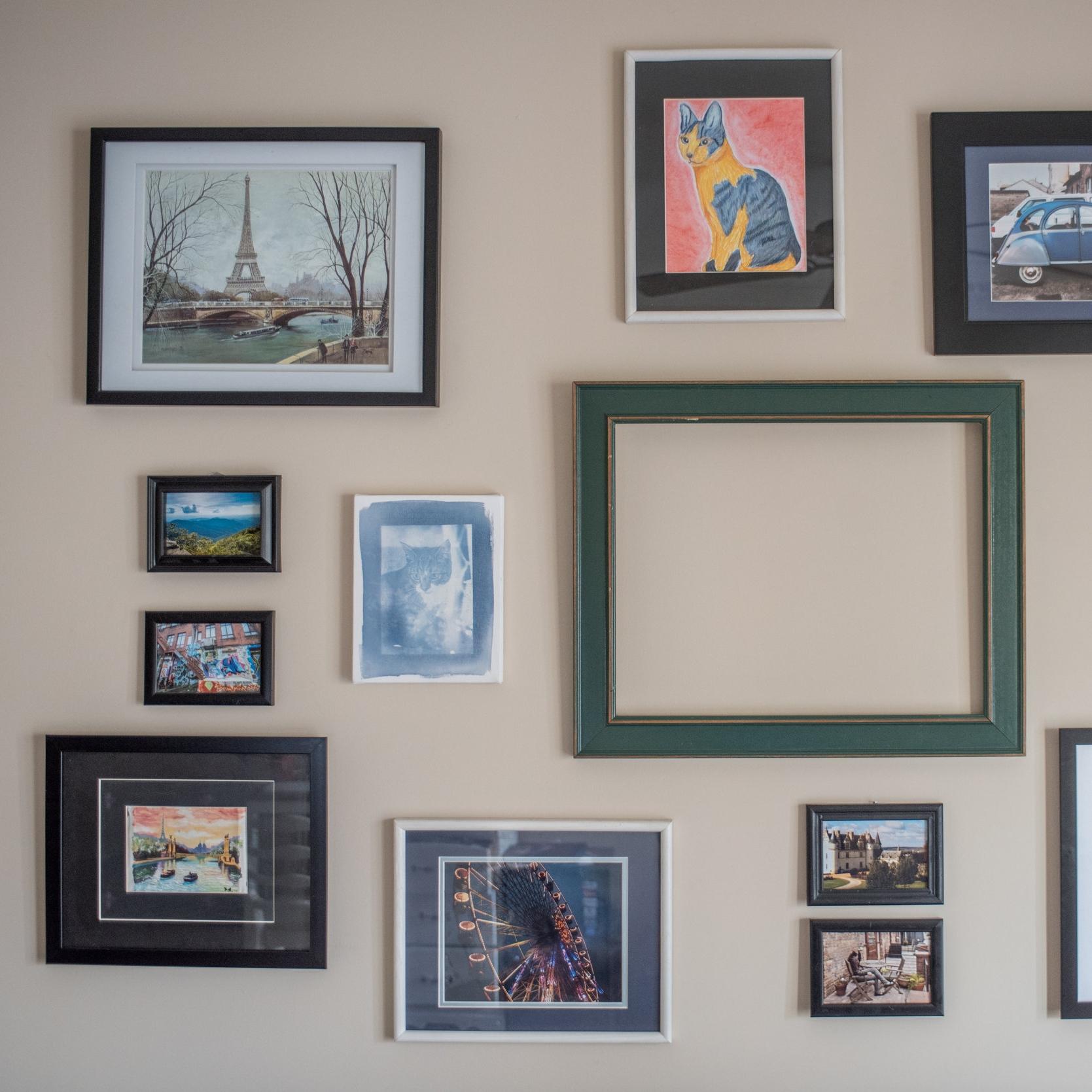 photo walls-2.jpg