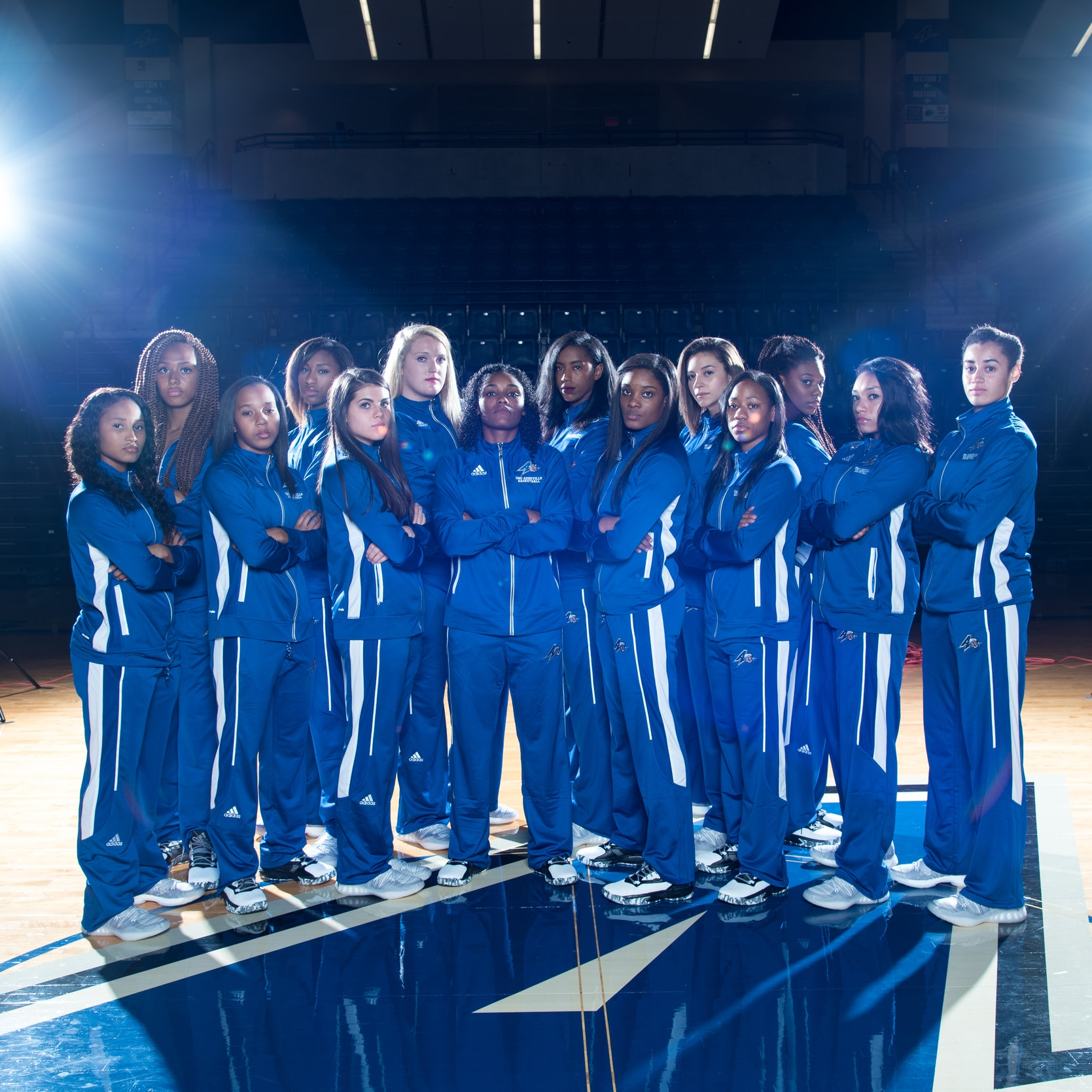 Women's Basketball Team Photos-7.jpg