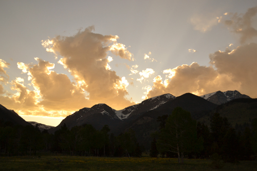 Rocky Mountain National Park sunset over mountains