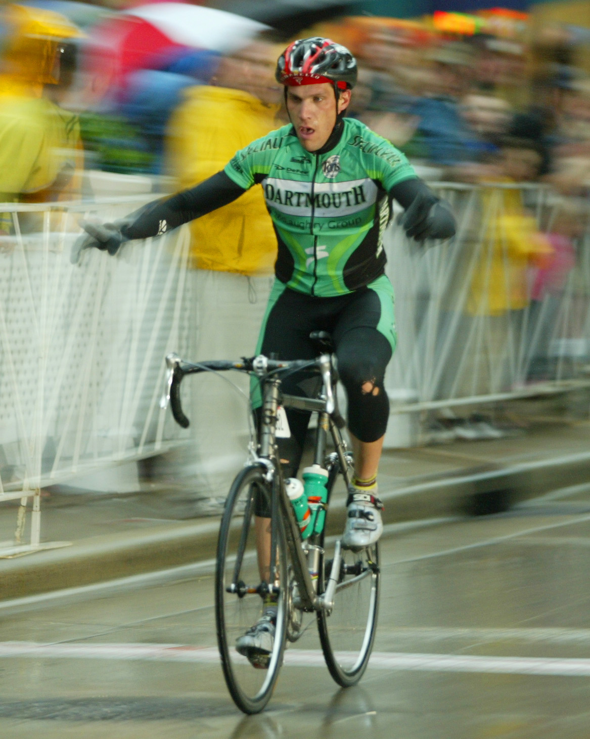 Mike winning the 2004 Collegiate Criterium National Championship