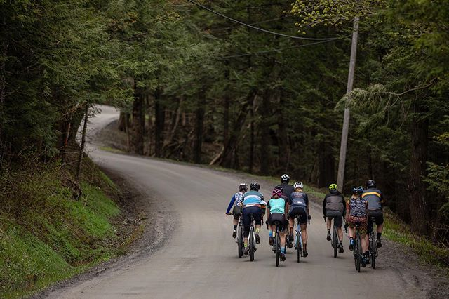 Spring has arrived in Vermont and with it some dry/buffed gravel roads. The next event we're stoked on is @therangervt on June 9th.  #VTdirt #ridegravel #cycling #Vermont
