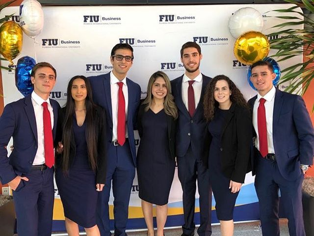 Congratulations to all the teams who participated in the Johnson & Johnson competition! So proud to have these members representing PIF. • • • @fiubusiness @fiumarketing @fiucareer @fiuinstagram  #business #marketing #fiu #finance #banking #investmentbanking #invest #promotion #college #university #universitylife #collegelife #businessclub #inspiration #wallstreet #florida #floridainternationaluniversity #goldmansachs #jpmorgan #morganstanley #ubs #bank #money #financialliteracy #future #education #learning #professional
