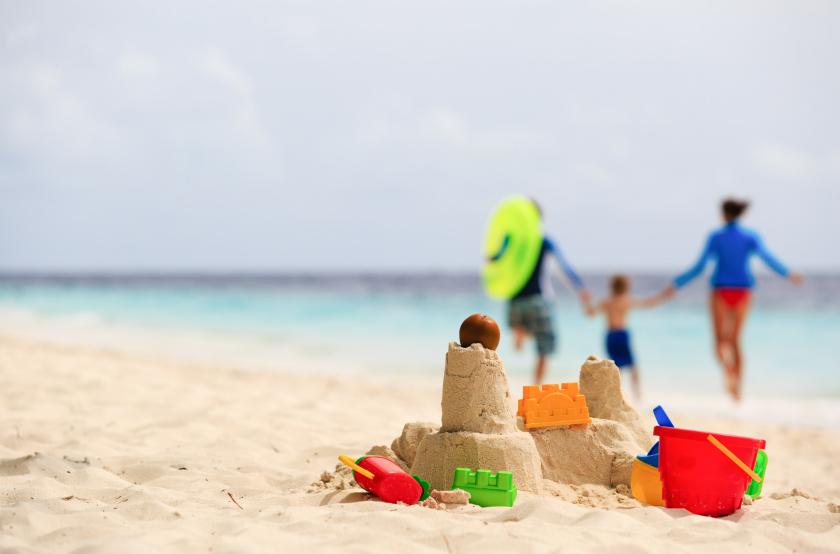 photo-1-family-on-beach.jpg