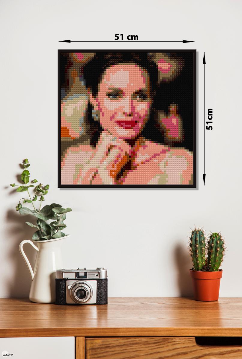 Мозаика 51 на 51 см - оптимальный формат для одиночных портретов