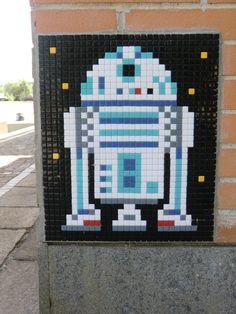 А это работа Invader из Парижа. Фото с сайта space-invaders.com
