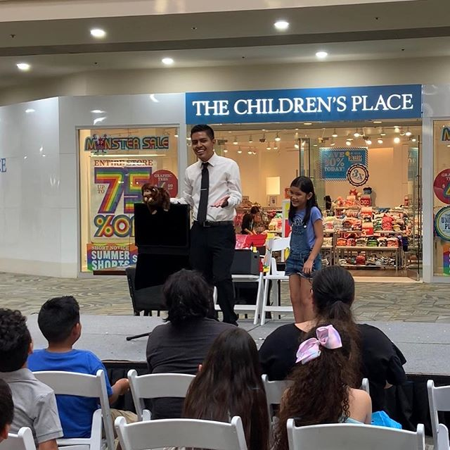 Some photos from last nights magic show at @shopwestminster Can't wait to go back! :) #magician #magicshow #kidsmagic #magic #show #puppet #coloringbook #westminstermall #eventplanner #fun #event
