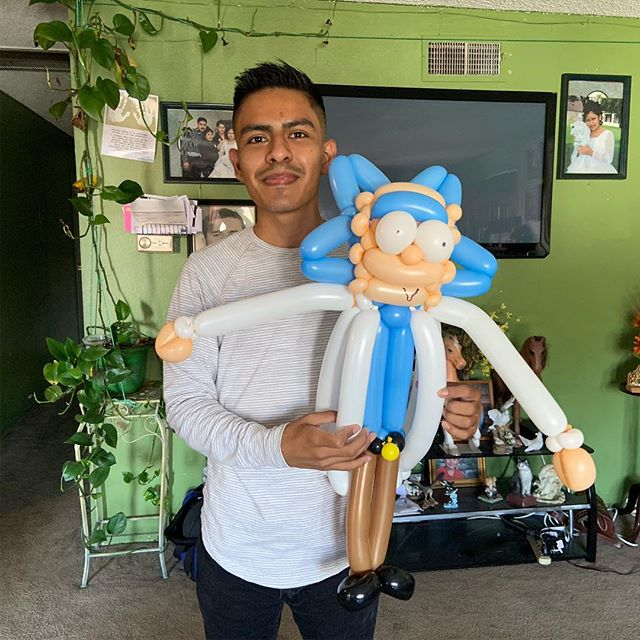 About a year ago @g_cruzito recommended I watch @rickandmorty and it wasn't until recently that I watched the show for the first time while getting my haircut at @jtlooks Oh boy do I wish I had watched the show sooner! It's become my new addiction and in honor of the show I made a balloon Rick! Rick-260q. Check out my new friend! :) #rickandmorty #balloonanimals #balloon #artist #balloonartist #rick #morty #evilmorty #balloontwister #balloontwisting #magician #sculpture #timeconsuming #worthit #balloons