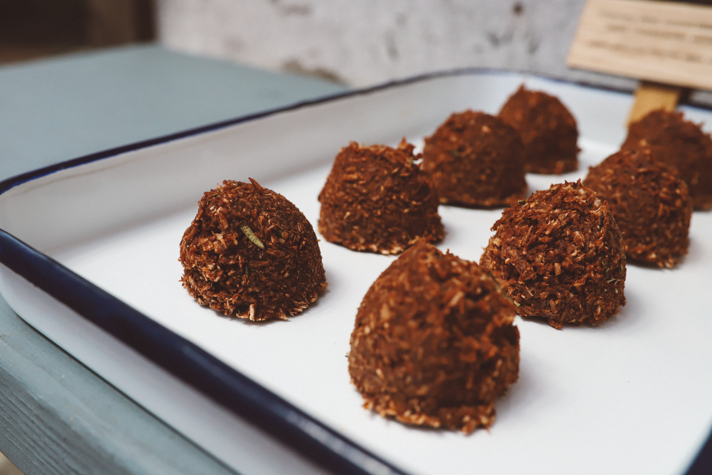 solfeggio-chocolaterosemarymacaroon-11.jpg