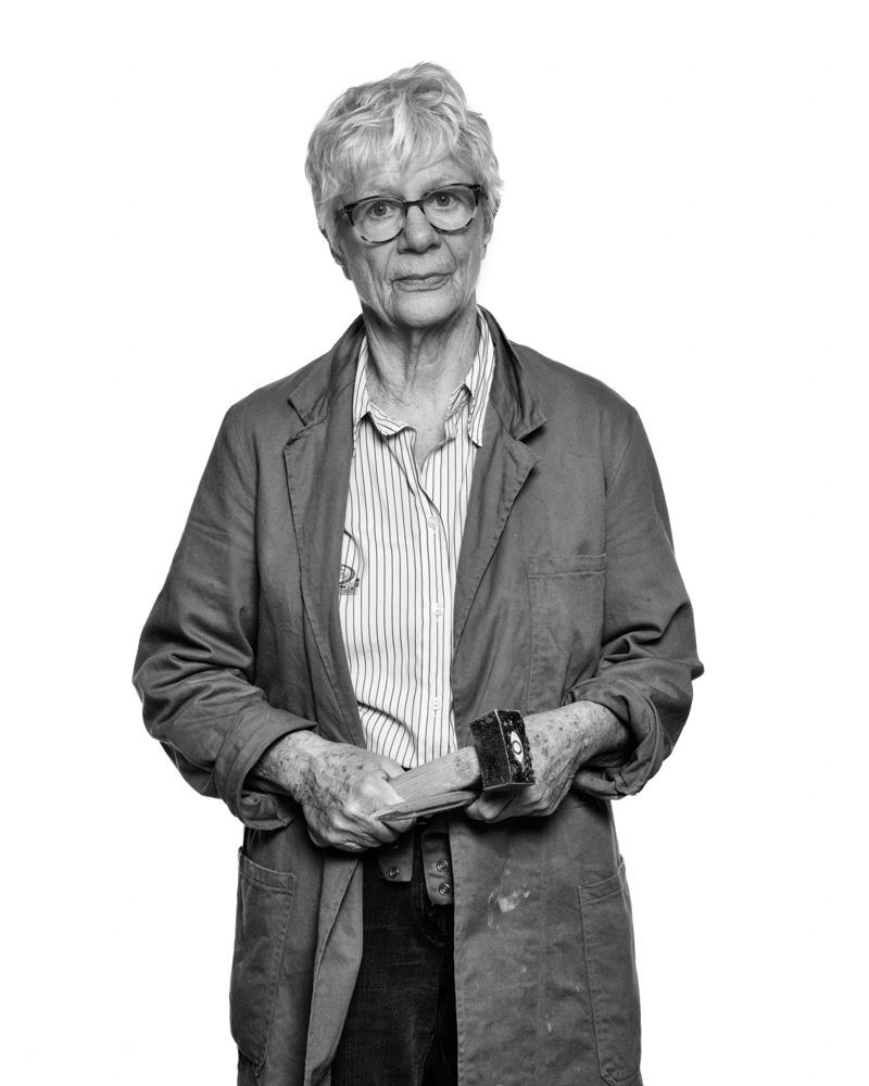 Gerdfa van de Woestijne   https://www.kunstenaarsapart.nl/kunstenaars/gerda-van-de-woestijne/
