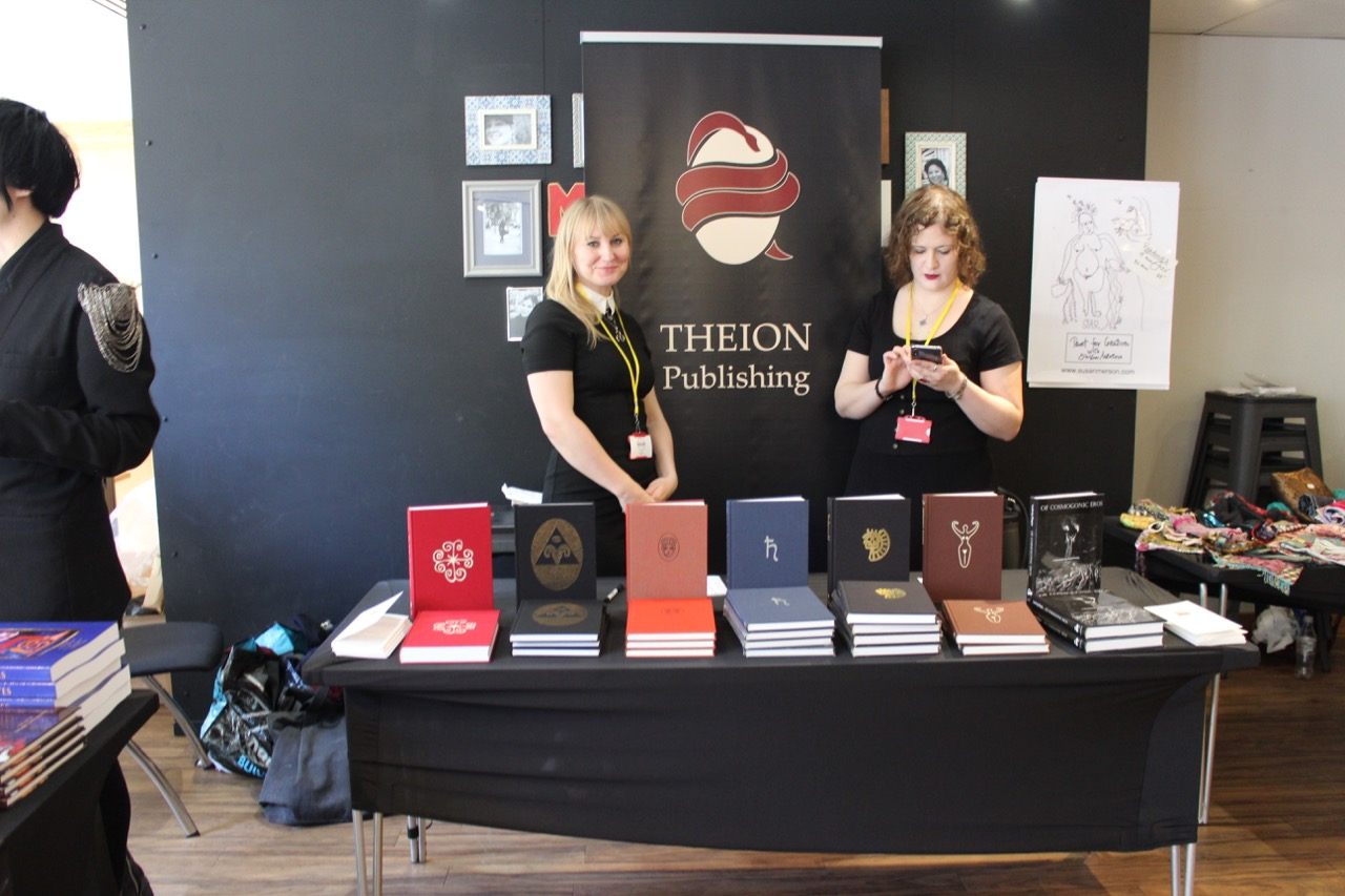 Jessica Grote and Liga Gintere at the Theion Publishing table.