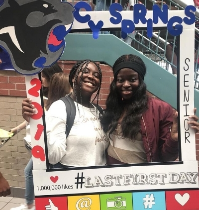 Students use social media to celebrate Last First Day. (Lola Haastrup)