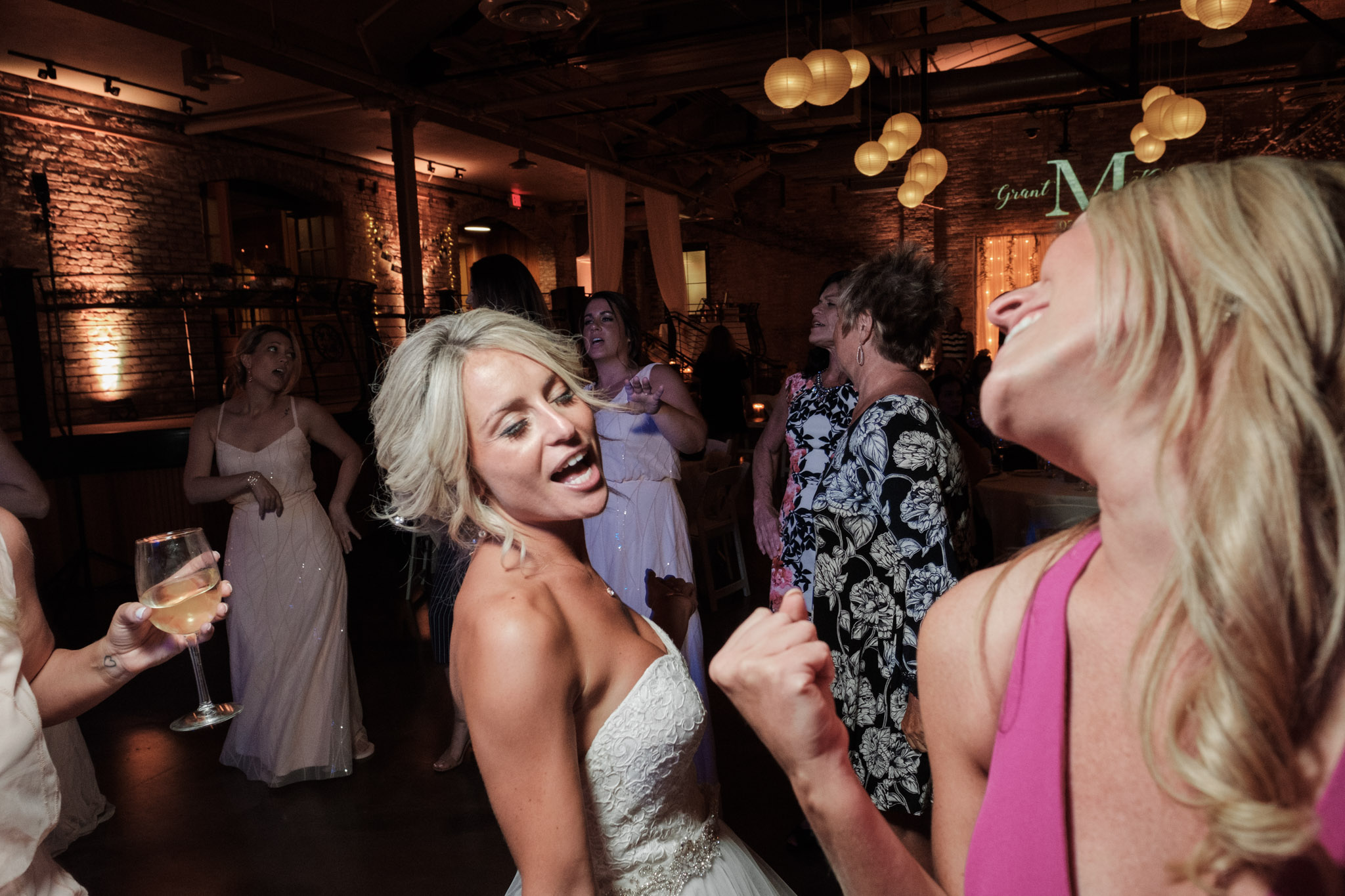 2018 BAP KatieGrant Prairie Street Brewhouse Rockford Wedding-94.jpg