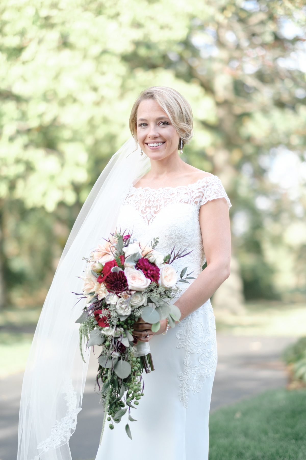 2017_BAP_KalliMatt_Gleneagles_CountryClub_Lemont_Wedding-26.jpg