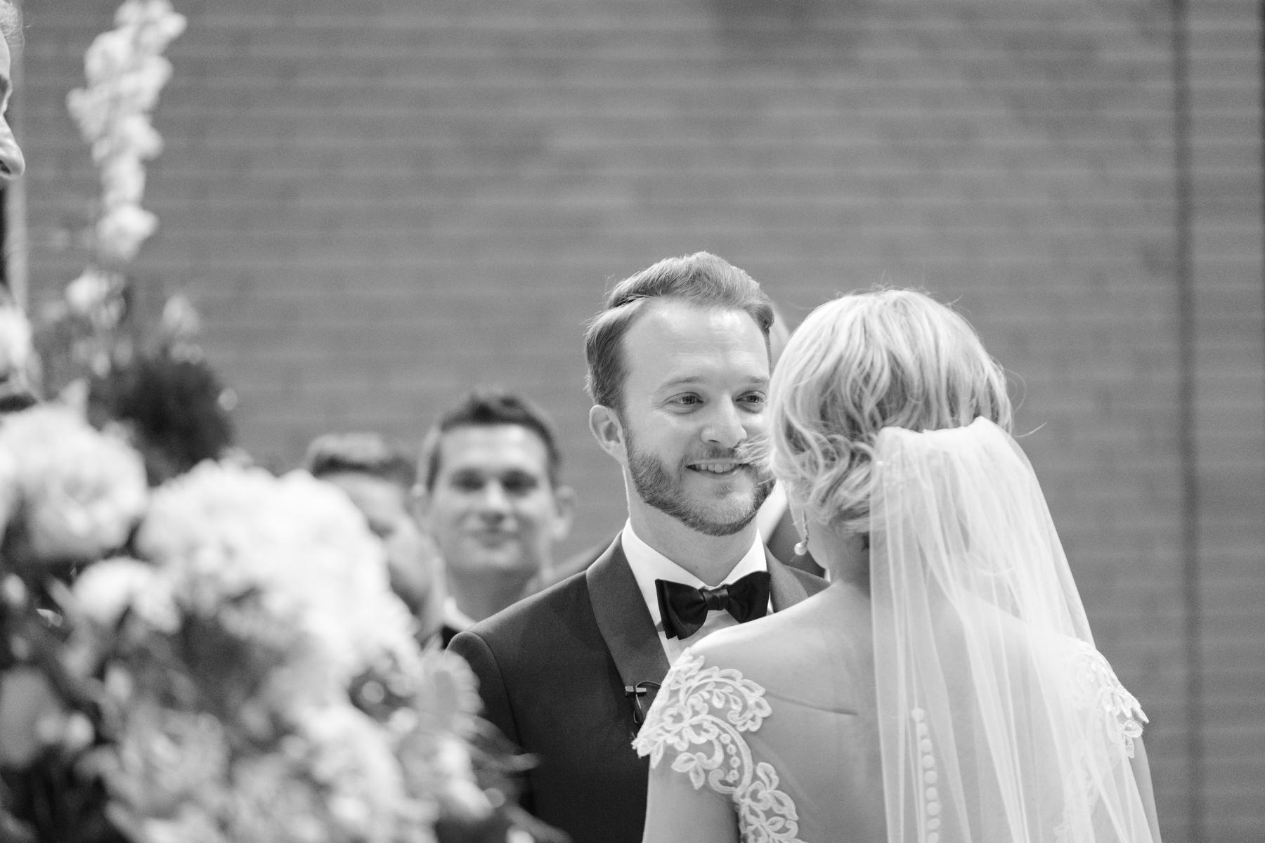 2017_BAP_KalliMatt_Gleneagles_CountryClub_Lemont_Wedding-45.jpg