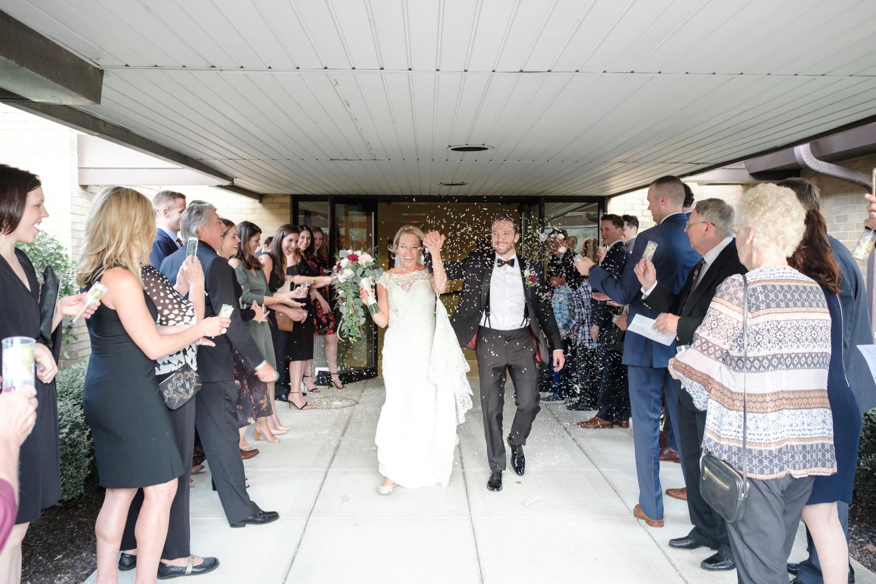 2017_BAP_KalliMatt_Gleneagles_CountryClub_Lemont_Wedding-50.jpg