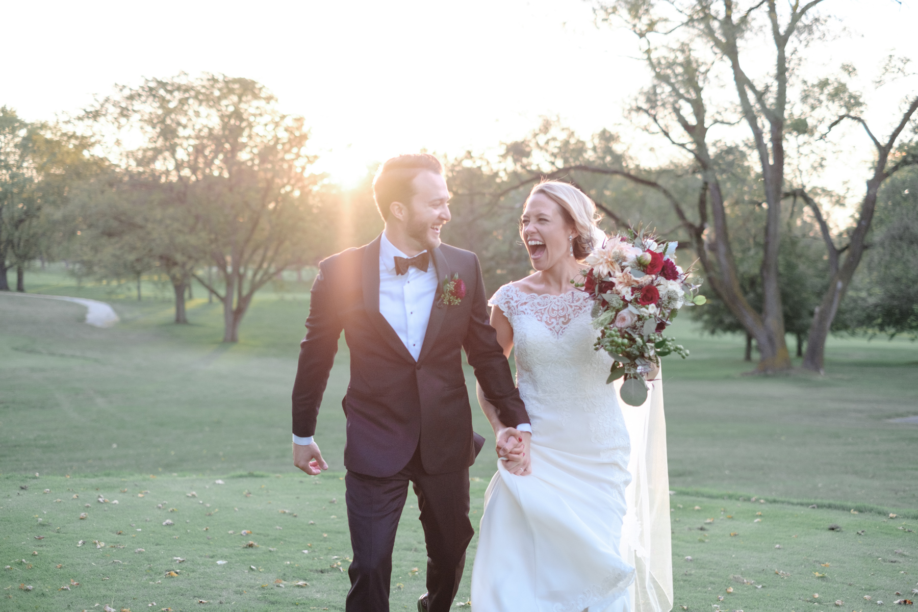2017_BAP_KalliMatt_Gleneagles_CountryClub_Lemont_Wedding-58.jpg