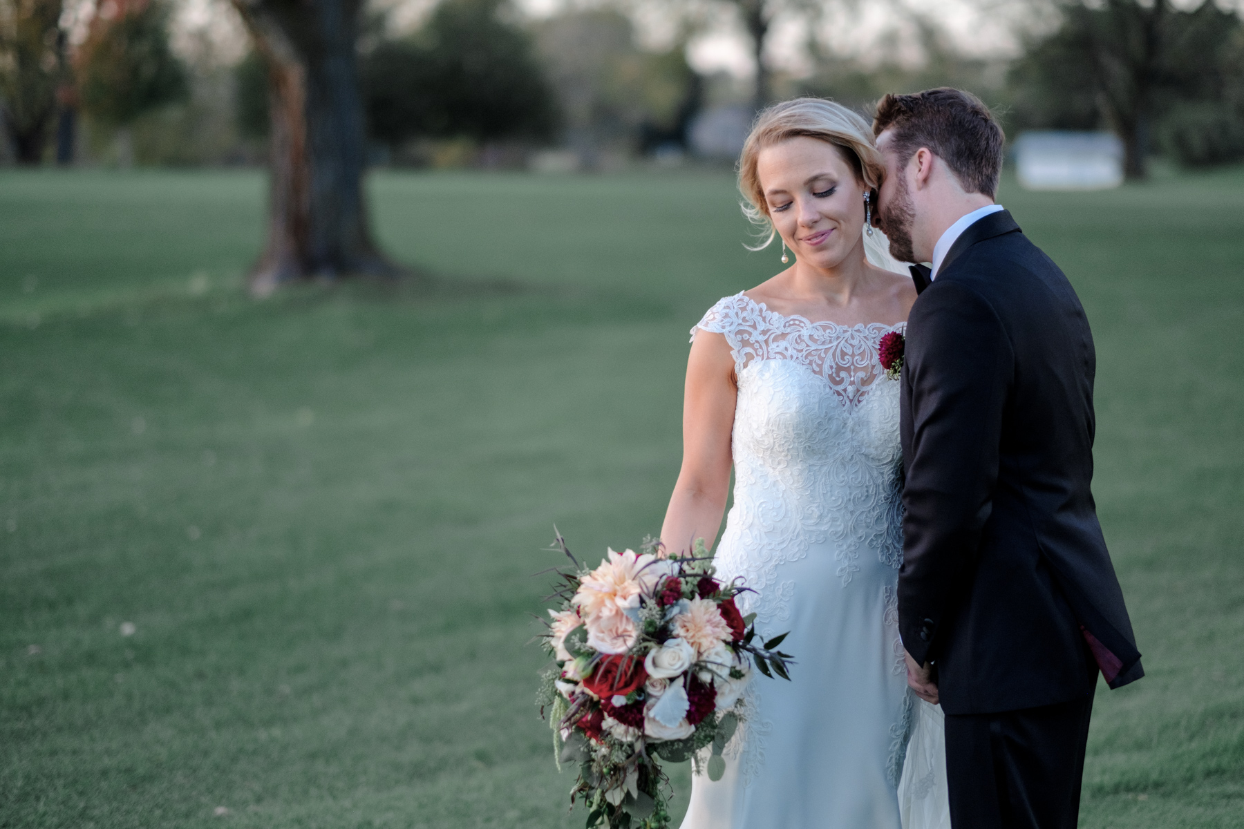 2017_BAP_KalliMatt_Gleneagles_CountryClub_Lemont_Wedding-61.jpg