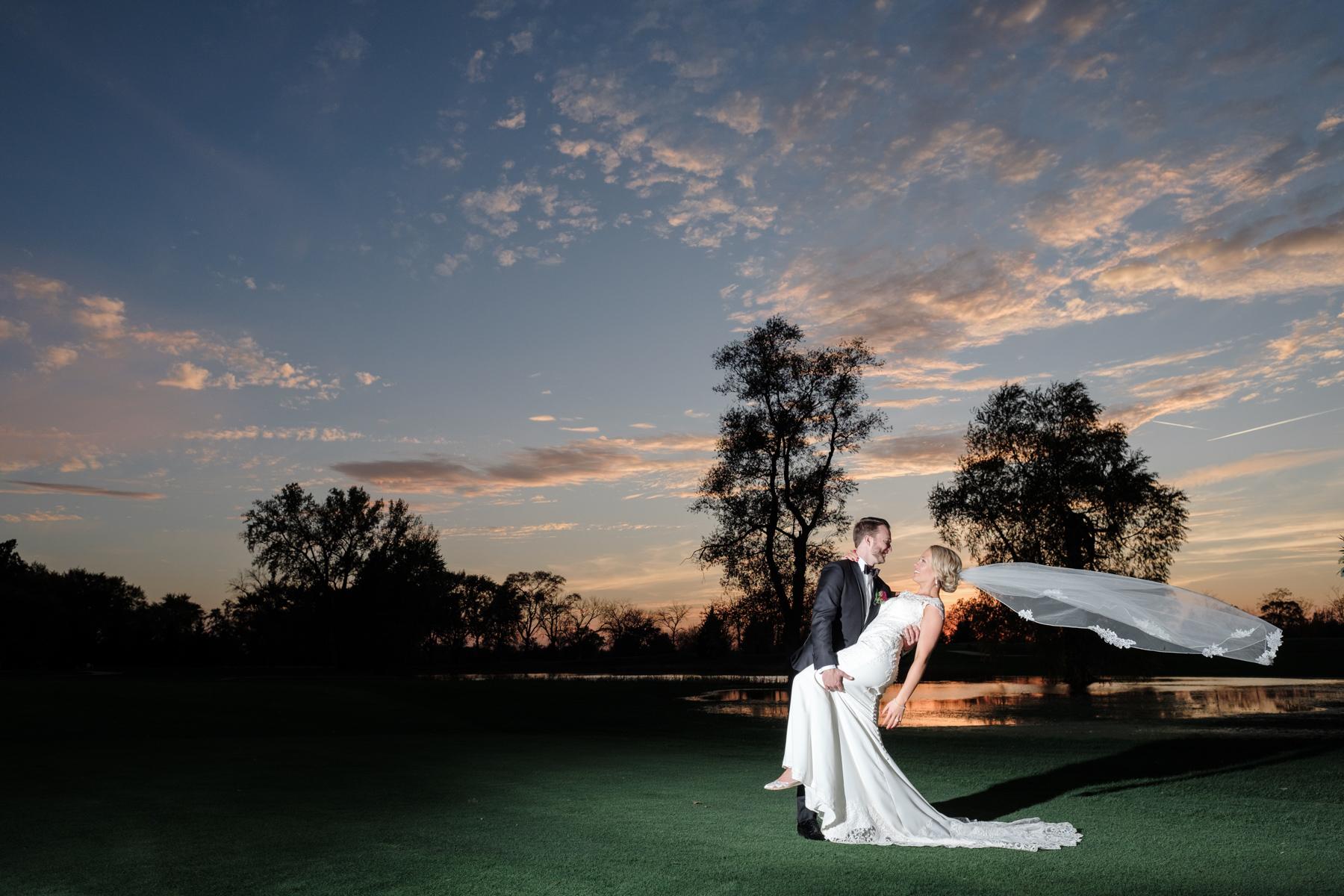 2017_BAP_KalliMatt_Gleneagles_CountryClub_Lemont_Wedding-64.jpg