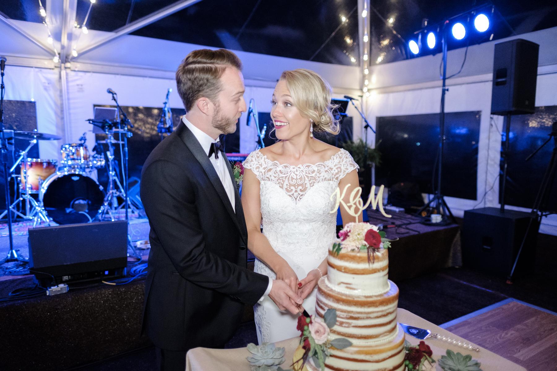 2017_BAP_KalliMatt_Gleneagles_CountryClub_Lemont_Wedding-69.jpg