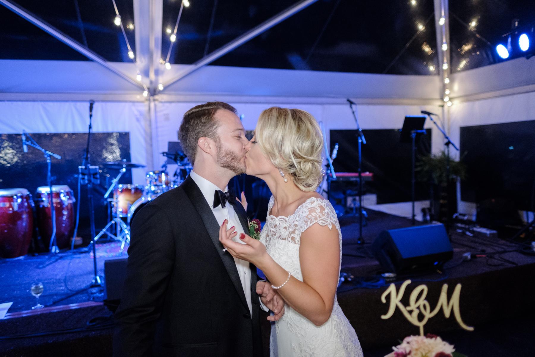 2017_BAP_KalliMatt_Gleneagles_CountryClub_Lemont_Wedding-70.jpg